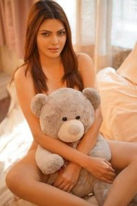 Under The Skin – Sherlyn Chopra Official App